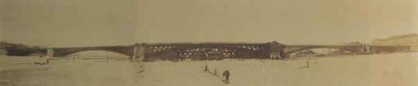 Панорама строительства Литейного моста